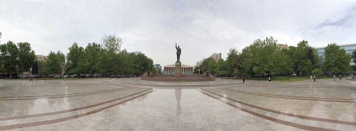 statue on a big square of Heydar Aliyev